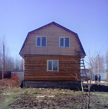 Дом 6 на 4 под ломаной крышей