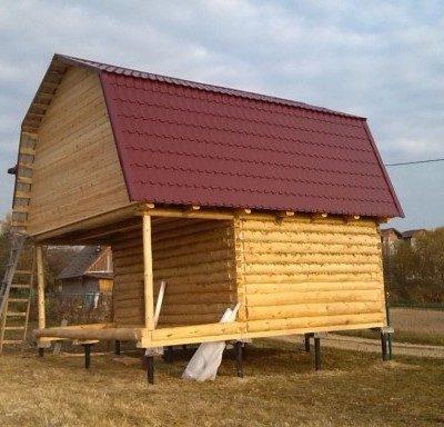 Дом 6 на 4 с верандой 2 метра под общей ломаной крышей