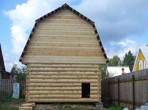 Дом 3 на 5 под ломаной крышей