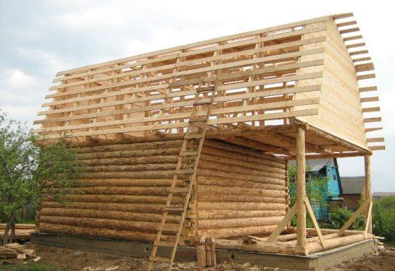 Дом 6 на 7 с верандой 2 метра под общей ломаной крышей